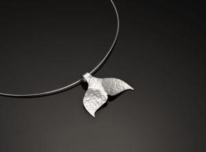 Silver whaletail pendant
